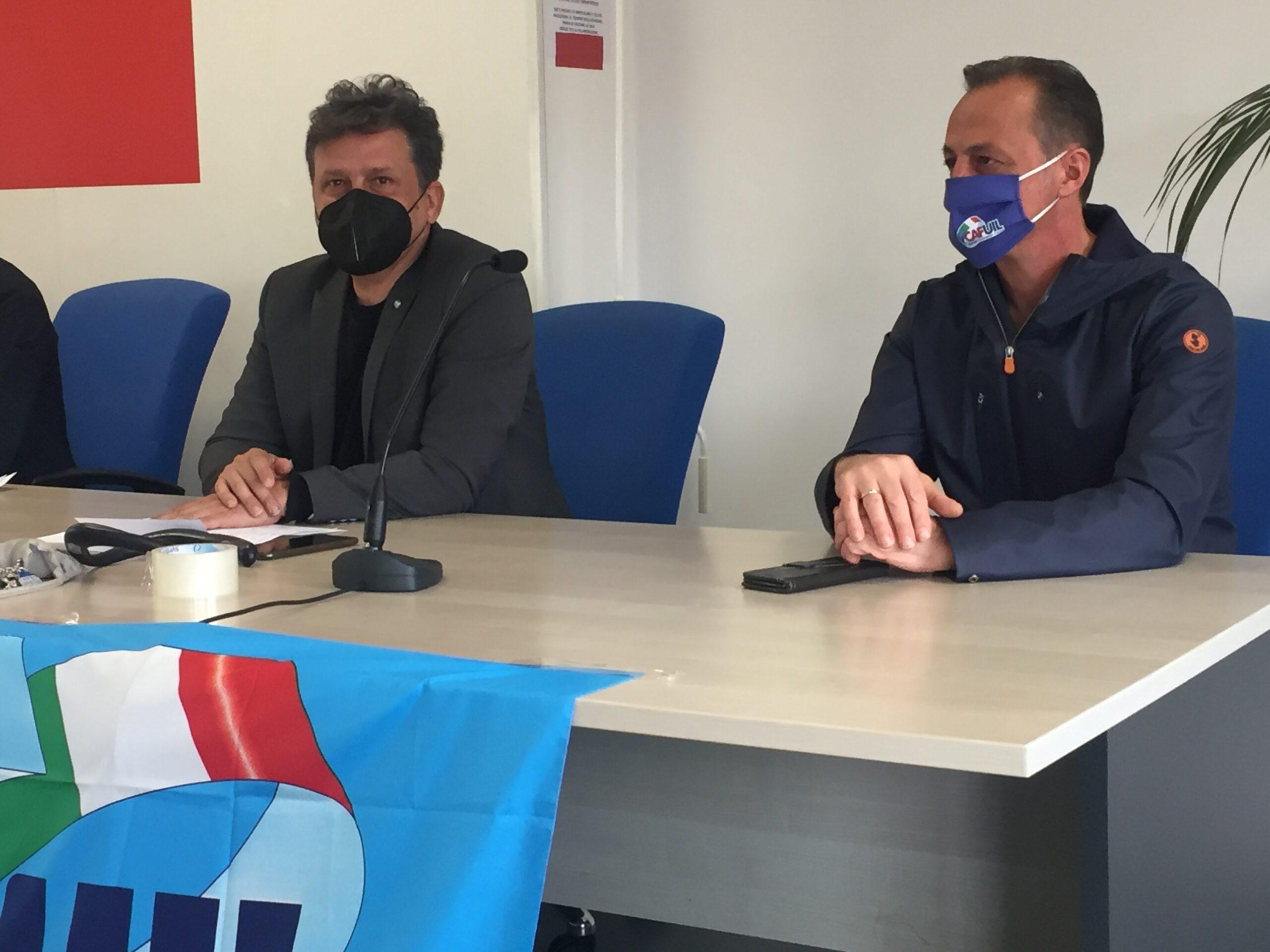 Protestano i lavoratori Kos Care di Ascoli. Domani presidio ad Ancona