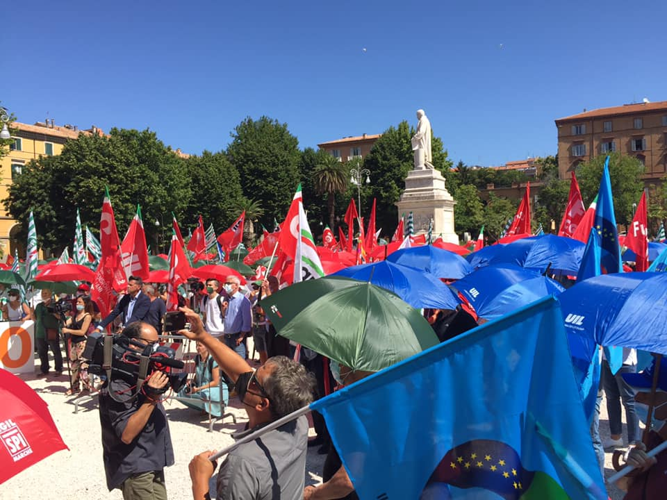 """""""Quale sistema salute nelle Marche: la sanità che vogliamo"""", manifestazione e presidio ad Ancona: le richieste dei sindacati alla Regione Marche"""